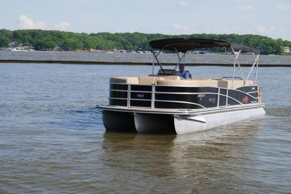 Harris FloteBote Grand Mariner SEL 250