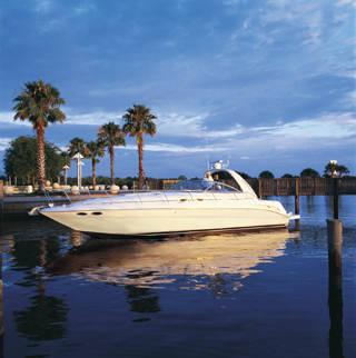 Sea Ray 410 Sundancer Manufacturer Provided Image: 410 Sundancer