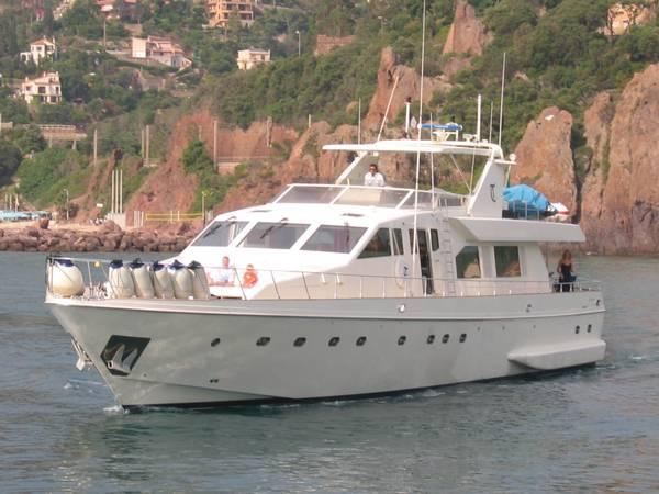 Guy Couach 100 Motor Yacht 100 Guy Couach Motor Yacht 1988