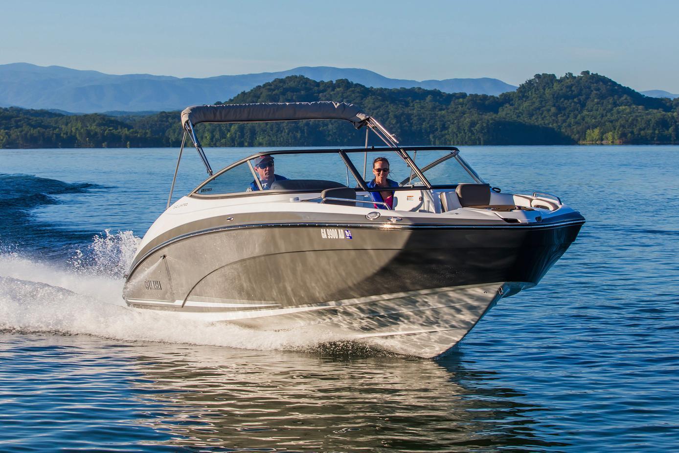 Yamaha boats for sale 10 for Yamaha 242 for sale