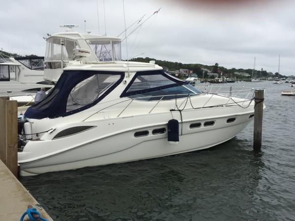 Sealine S43 Sports Cruiser