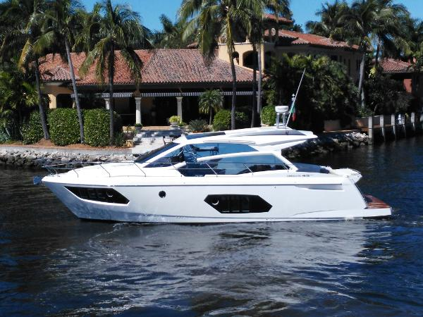 Absolute 45 Sport Yacht