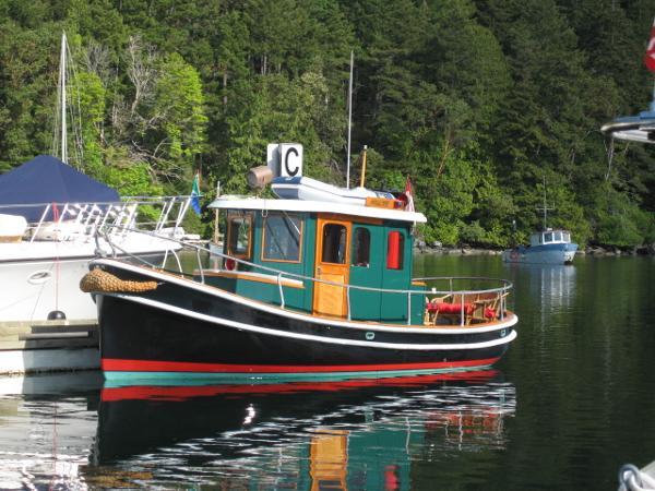 CROSBY YACHTS Tug at the dock