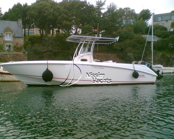 Boston Whaler 270 Outrage B.W. 270 Outrage side