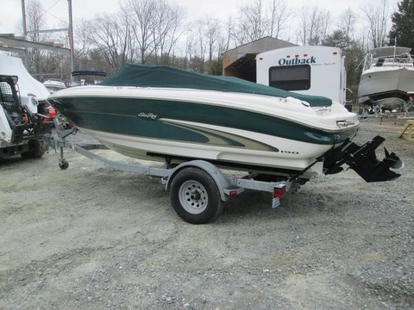 Sea Ray 190 Bow Rider