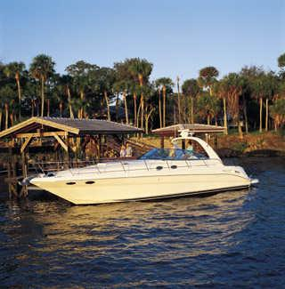 Sea Ray 410 Express Cruiser Manufacturer Provided Image: 410 Express Cruiser