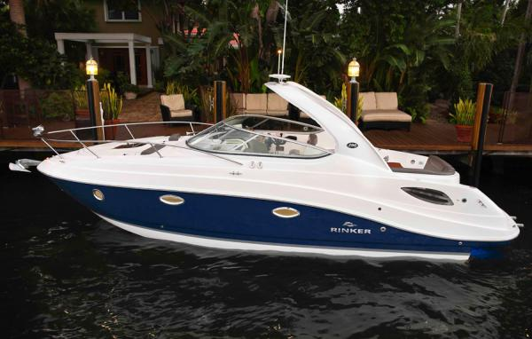 Rinker 290 Express Cruiser Manufacturer Provided Image