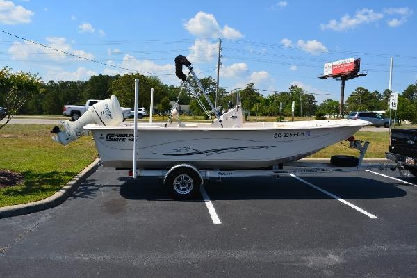 Carolina Skiff 218 DLV Profile