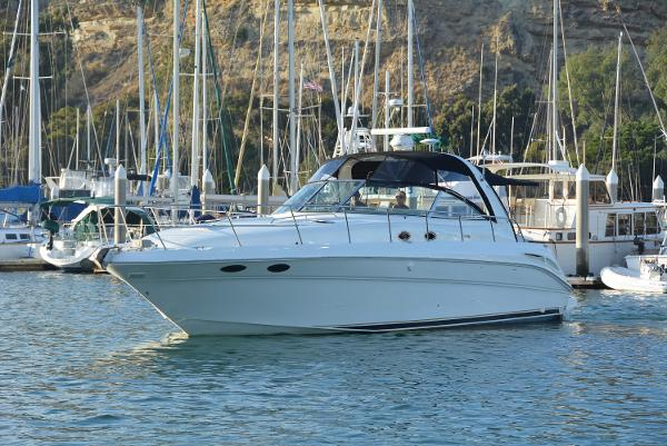 Sea Ray 410 Express Cruiser Port Profile