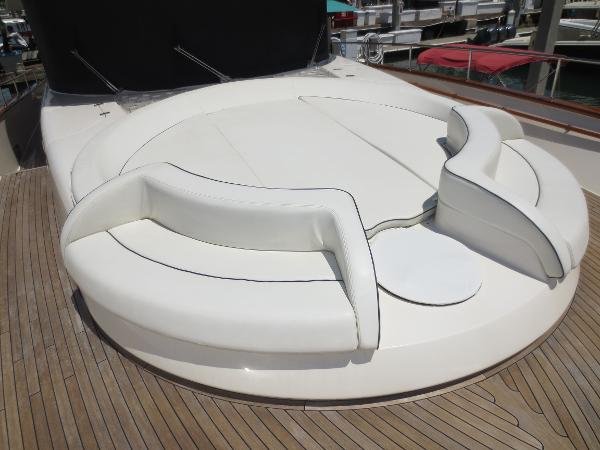 bow seating and sunpad
