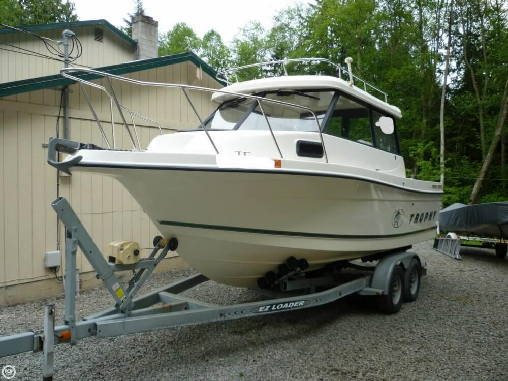 Trophy 2359 Walk Aound 2000 Trophy 25 for sale in Stanwood, WA