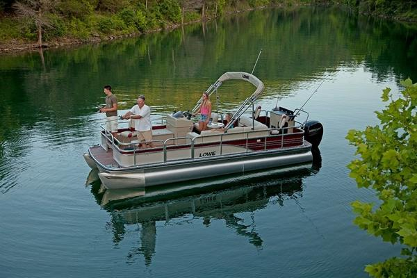 LOWE BOATS SF Pontoon 234 Fish Station & Privacy