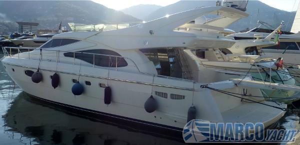 Ferretti Yachts 590 fly