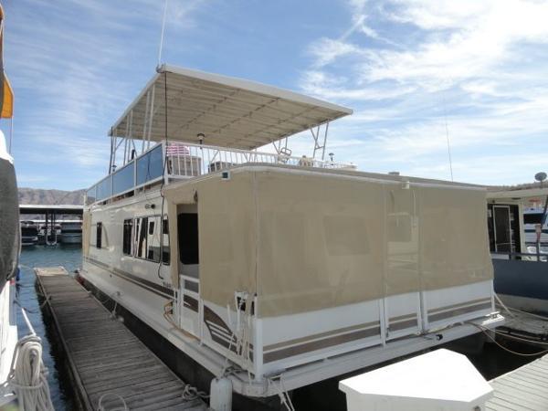 Destination Yachts 45' Houseboat