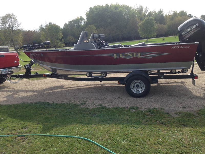 Used lund boats for sale 3 for Used fishing boats for sale mn