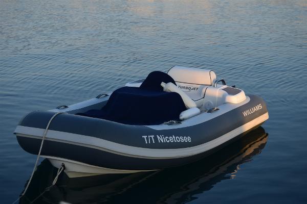 Custom Williams Tender 285 DSC_0295