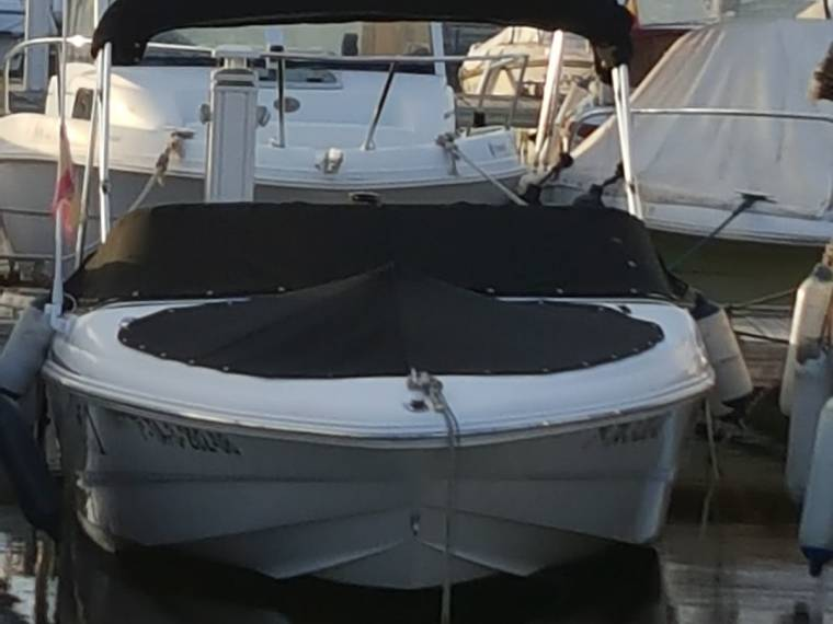 Chaparral Boats Chaparral Boats 180 SSi