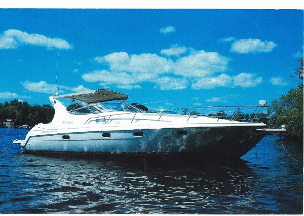 Cruisers Yachts 3375 Esprit 3375 Esprit