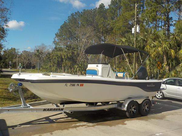 NauticStar 210 Coastal Bay Deck Boat