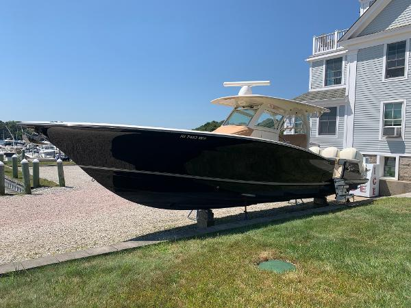 Scout 350 Lxf Scout 350 LXF Luxury Sportfish Boat For Sale Triple Yamaha Four Strokes 300
