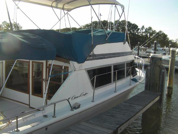 Chris-Craft 331 Corinthian Chris-Craft