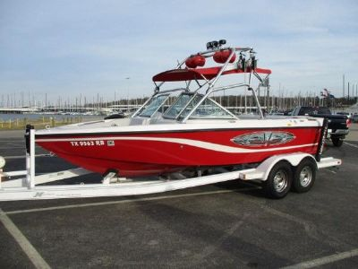 Correct Craft Nautique 210 Super Air Team Edition