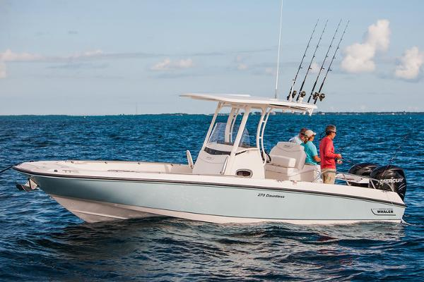 Boston Whaler 270 DAUTLESS Manufacturer Provided Image