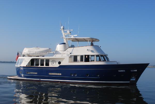 Queenship Sea Spirit 60 Passagemaker Starboard Profile