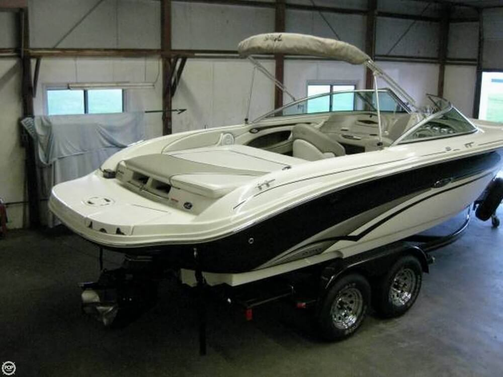 Sea Ray 220 Select 2003 Sea Ray 220 Select for sale in Fairfield, IL