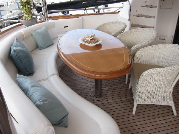 Horizon Elegance 94 Dynasty bateau à moteur d'occasion en vente à Italie