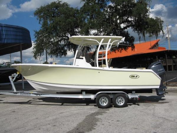 Sea Hunt Edge 24