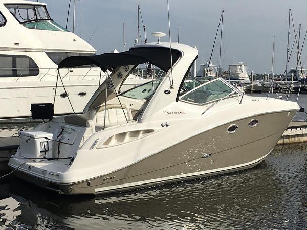 Sea Ray 290 Sundancer Profile