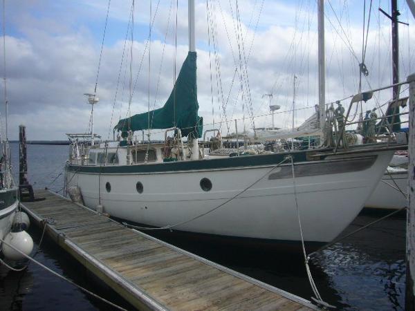 Spindrift 43 Starboard