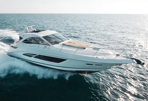 Sea Ray Sundancer 510  Manufacturer Provided Image