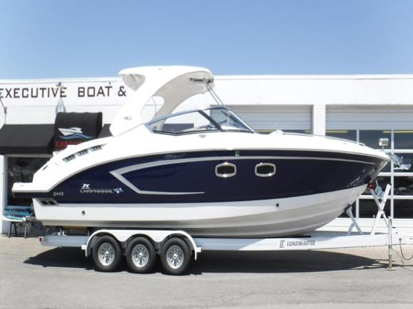 Chaparral 327 SSX Bowrider/Mid-Cabin