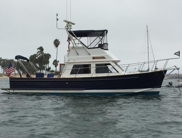 Island Gypsy Kong & Halvorsen Yachtfisher At Anchor Coronado