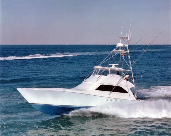 Viking 61 Convertible Profile