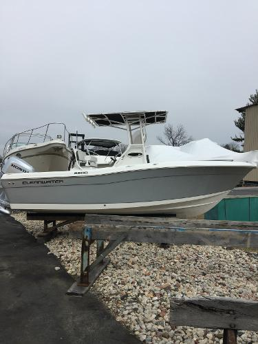 Clearwater 2200 WI Center Console