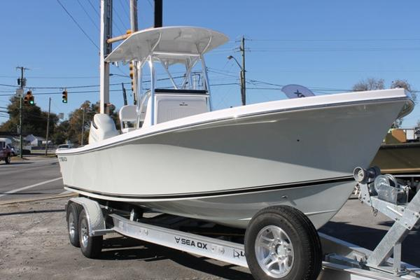 Sea Ox 24 Center Console