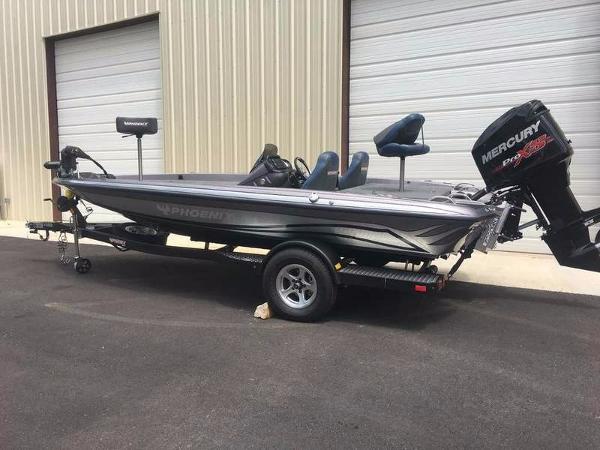 Phoenix Bass Boats 618 Pro