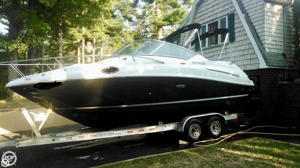 Sea Ray 240 Sundancer 2013 Sea Ray 240 Sundancer for sale in Bridgewater, MA