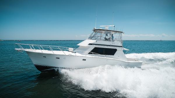 Hatteras 52 Convertible Port Profile 1