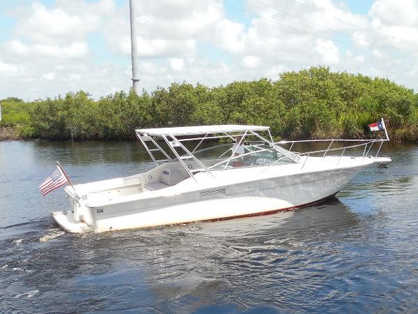 Sea Ray 310 Amberjack with Diesels