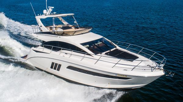 Sea Ray 510 Fly