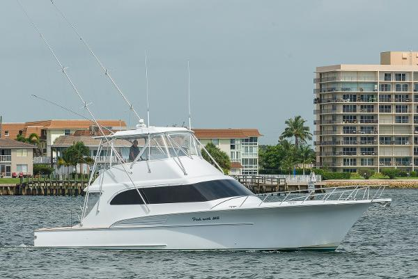 Hmy yacht sales soverel harbour marina boats for sale for Party boat fishing near me