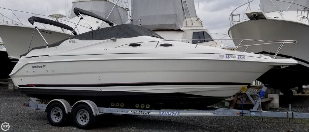 Wellcraft Martinique 2600 1999 Wellcraft MARTINIQUE 2600 for sale in Neptune, NJ