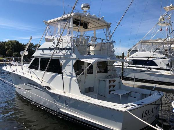 Hatteras 46 Convertible Main Profile