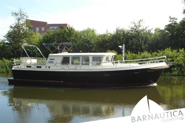 Aquanaut Drifter 1500 Trawler
