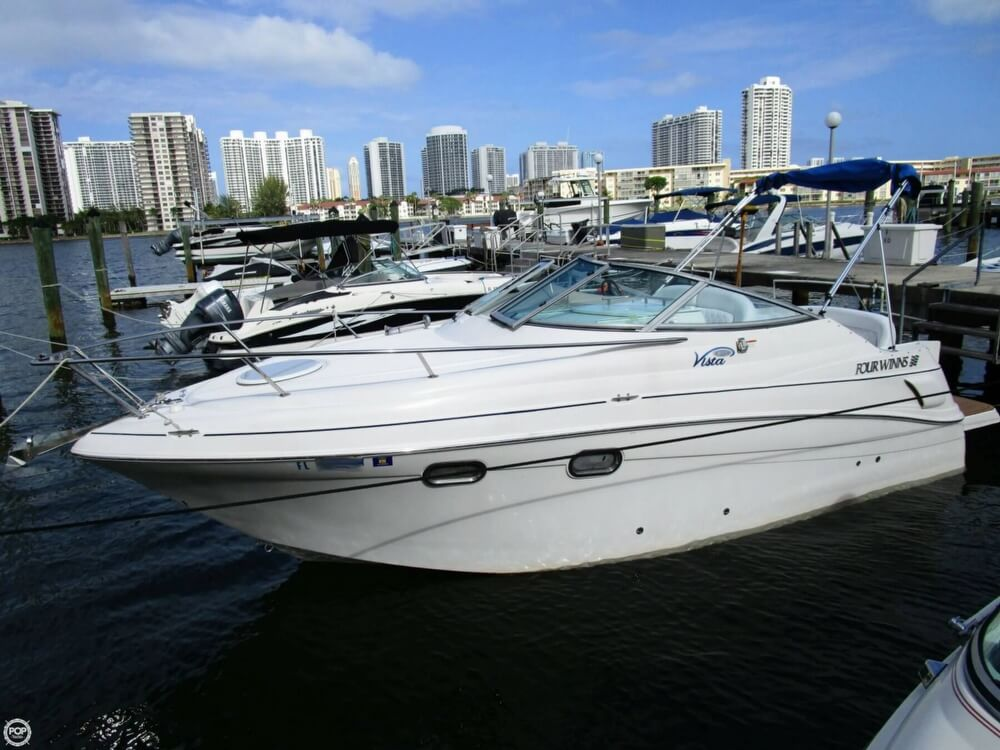 Four Winns 248 Vista 2005 Four Winns vista 248 for sale in Aventura, FL