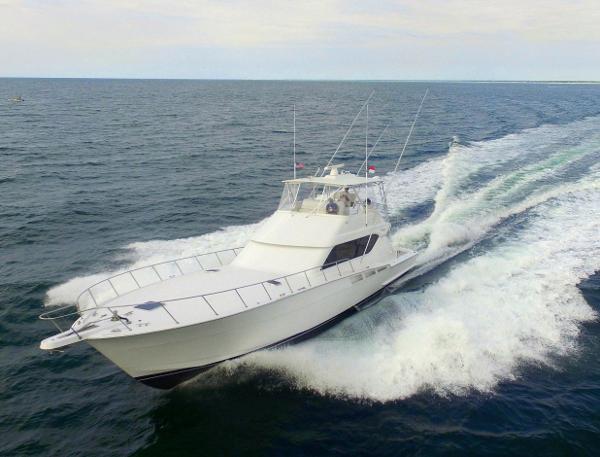Hatteras Sportfish Convertible Profile 1